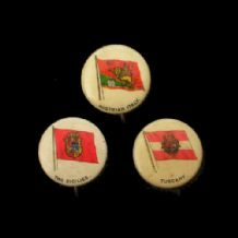 OLD USA Pinback Button badges chewing gum inserts rare flags #014